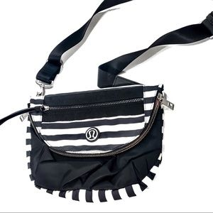 Lululemon Festival Crossbody Bag Black White
